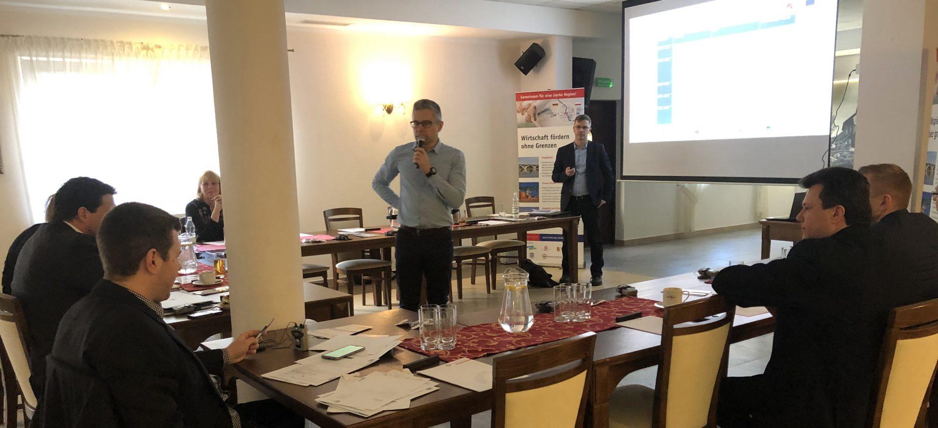 Diskussion bei der Arbeitskreis der Interreg-Projektgruppe in Drzecin